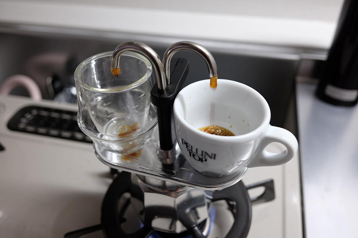 ミニエキスプレスでコーヒーを抽出開始