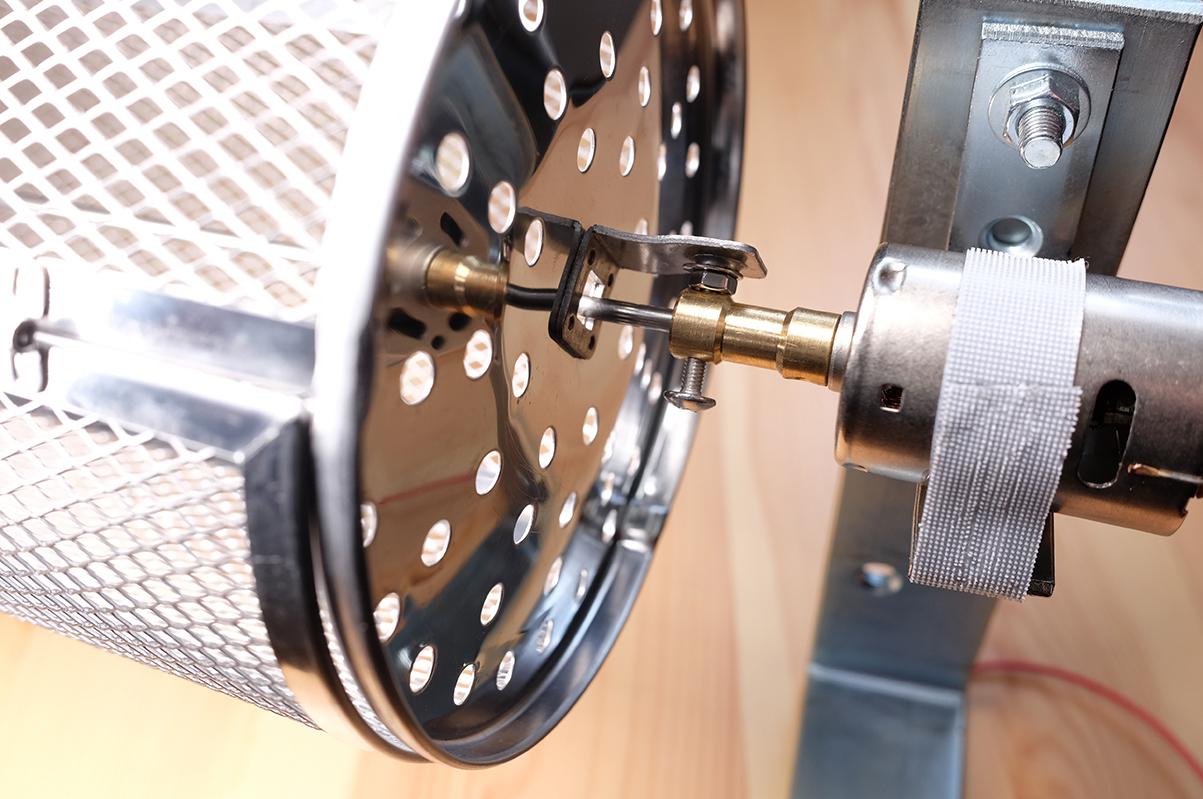 コーヒー豆焙煎機の接続部分