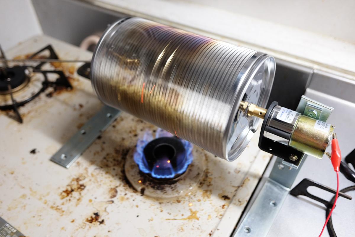 焙煎中の自作コーヒー豆焙煎機