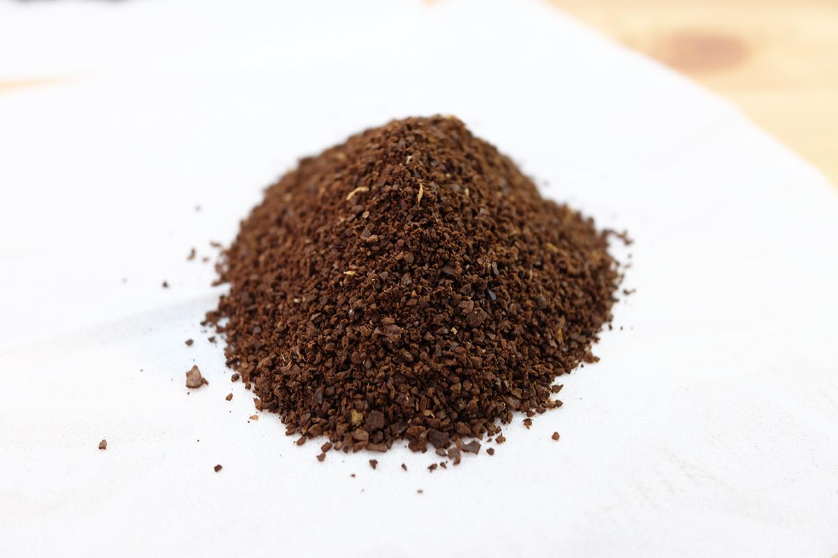 中挽きのコーヒー豆