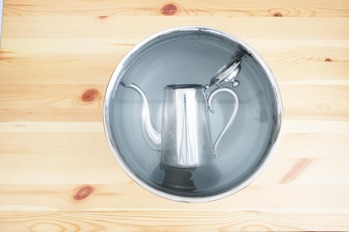 ユキワM5コーヒーポット 浸け置き15分経過
