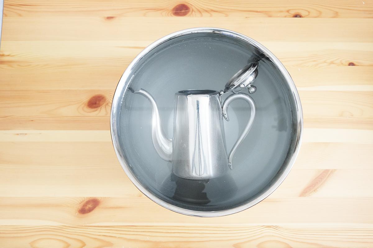 ユキワM5コーヒーポット 浸け置き30分経過