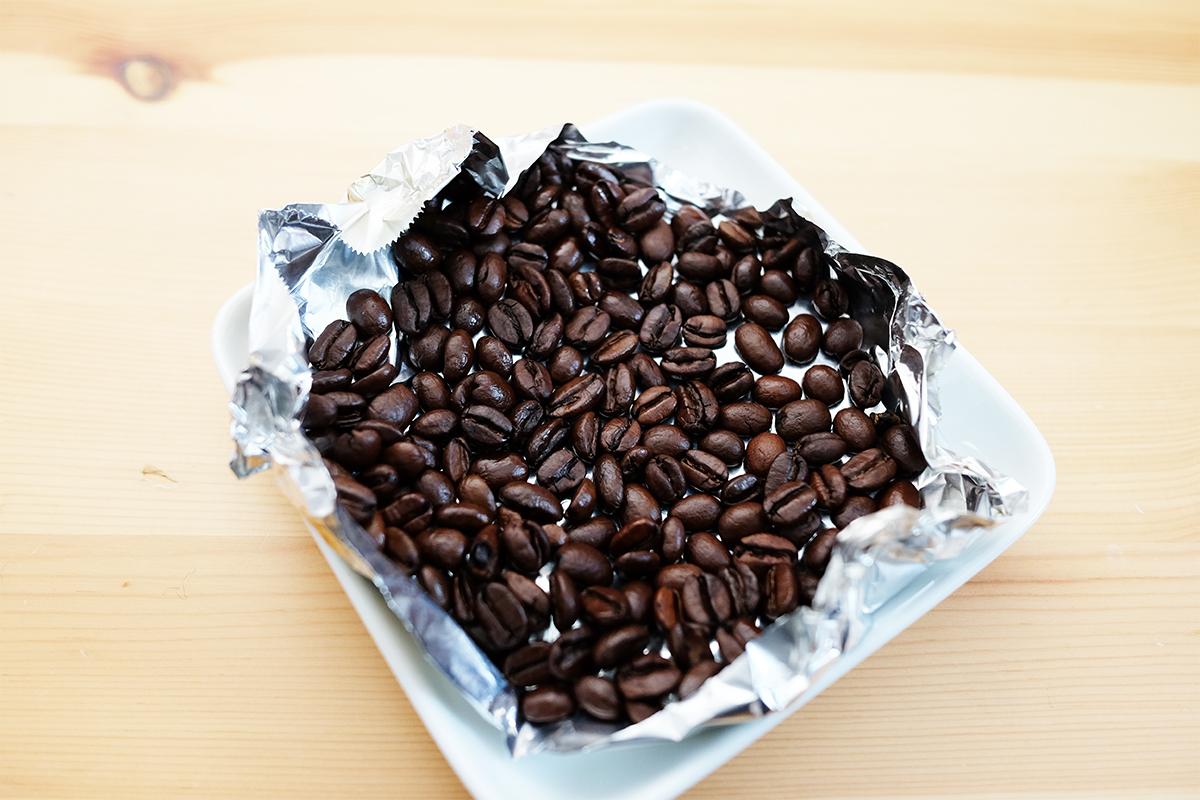 燻製にしたコーヒー豆