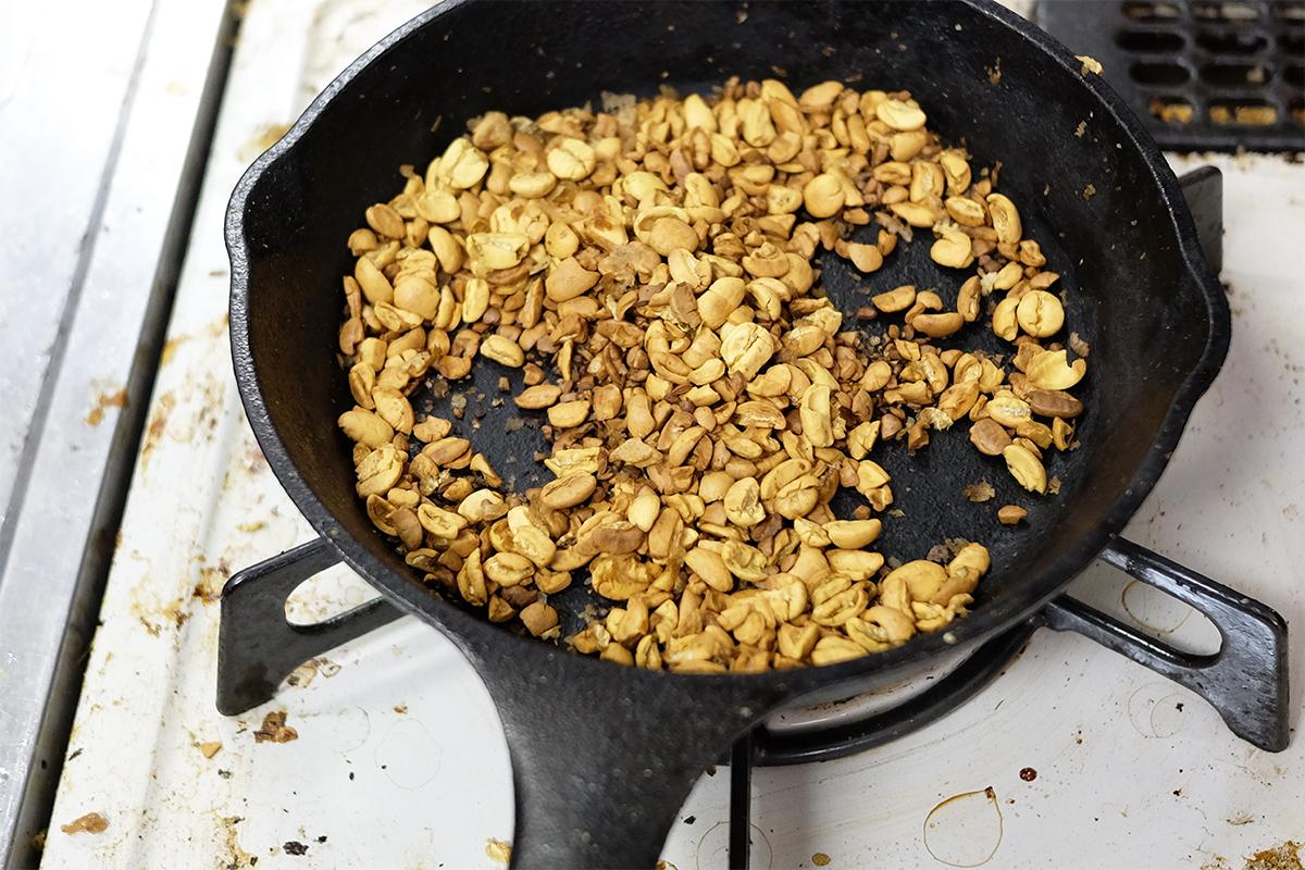 10分焙煎した粉砕したコーヒー豆