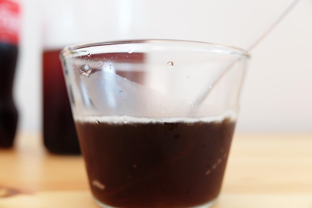 コーヒーの割合が2割のジェネリック・コカ・コーラプラスコーヒー