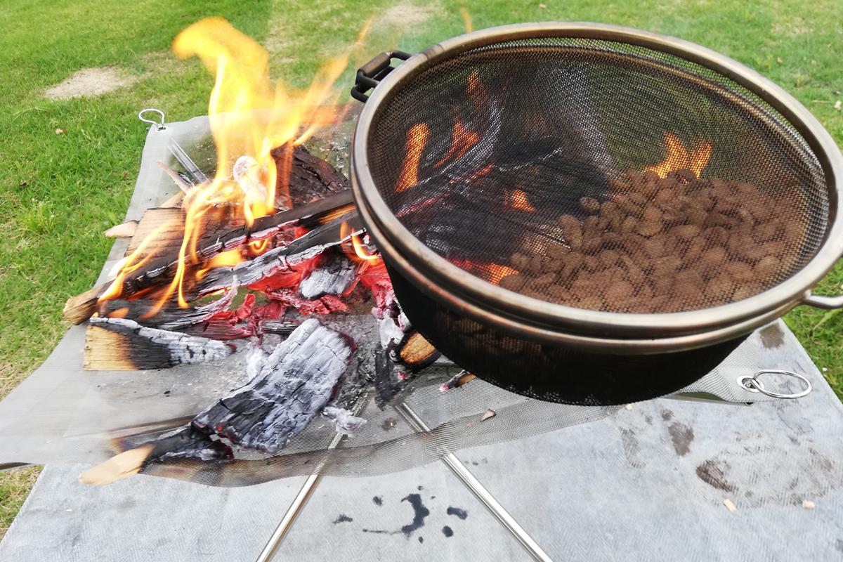 焚き火で30分焙煎したコーヒー