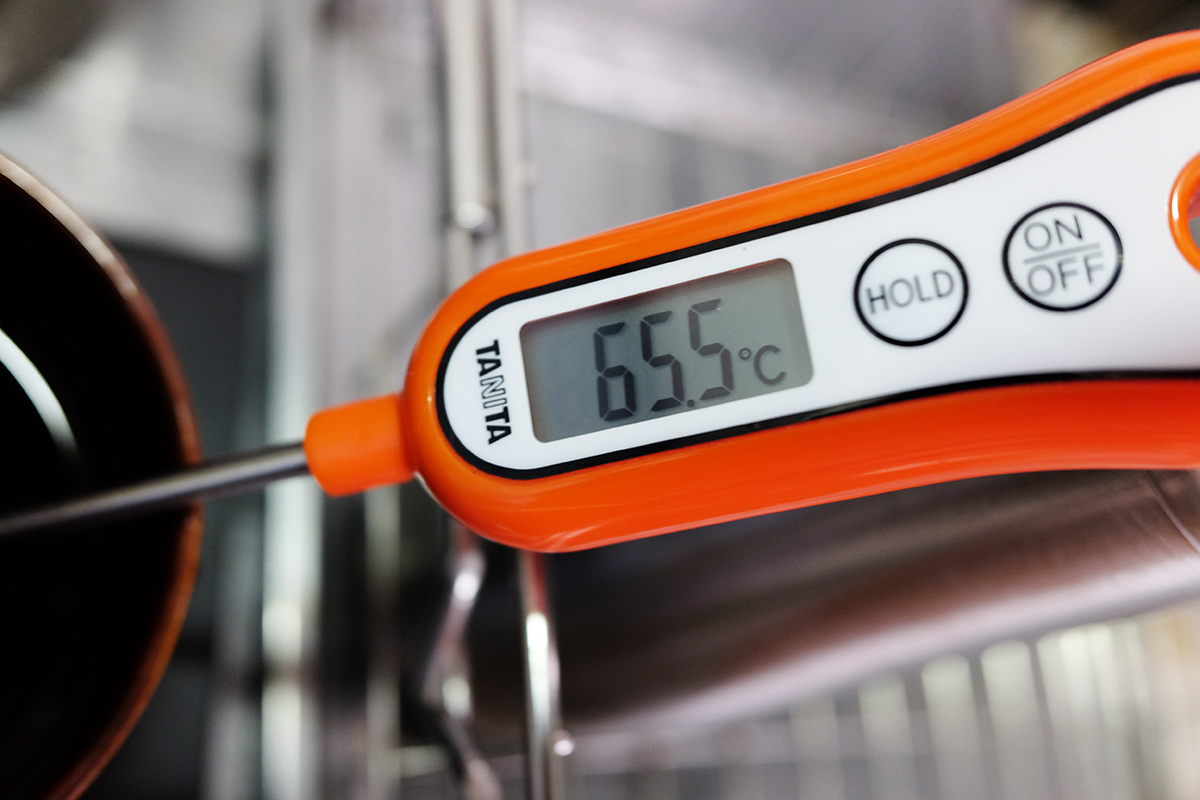 器具を保温して抽出したコーヒーの抽出直後の温度