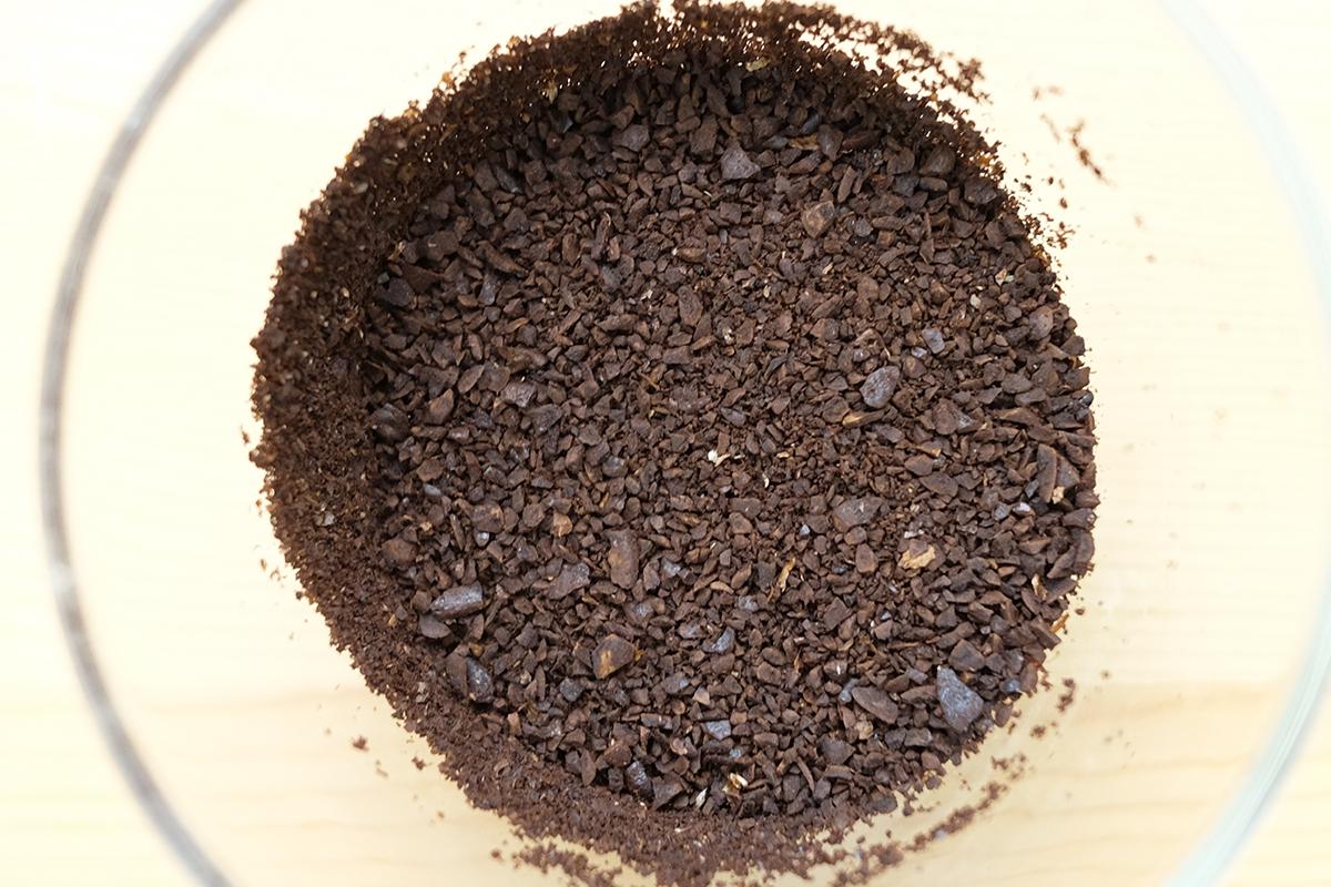 挽いたコーヒー豆