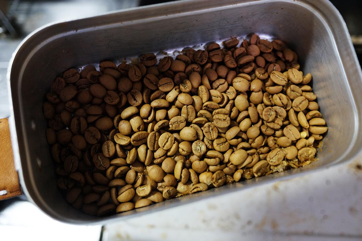 メスティンで15分焙煎したコーヒー豆