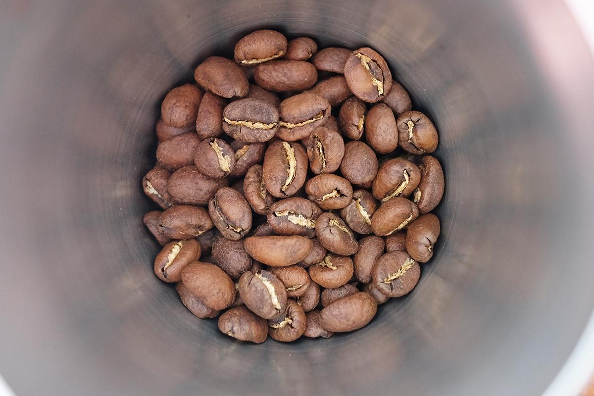 浅煎りのコーヒー豆